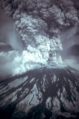 MSH80_eruption_mount_st_helens_05-18-80.jpg